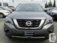 Make Nissan Model Pathfinder Year 2018 Colour Gray kms