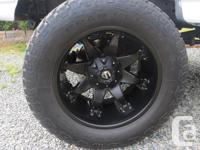 rims are 20x12 -44 fuel octanes 8x170 superduty bolt