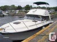 1984 Silverton 34C Fly Bridge Roomy Bridge style yacht,