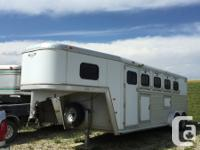 1999 Hart LE 4 Horse Aluminum Trailer Terrific