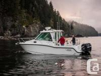 2014 Boston Whaler 285 Conquest- Cabin Comfort Package:
