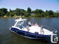 Consignment Sale! 2013 Monterey 320SY powered with twin