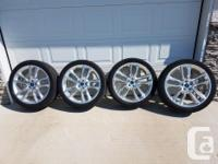 "Four 22"" aluminum rims, all equipped with TPMS, chrome"