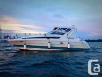 1993 Bayliner 3055 Ciera 32' LOA, 10' beam. Beautiful