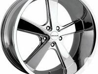 """Wheel: 22""""x9"""" KMC Nova Finish: Chrome   Fitment: 5x115"""