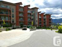 - Fabulous lakeview condo unit. - Fully equipped. - 2