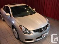 2013 Nissan Altima Coupe 2.5 S CVT This 2013 Nissan