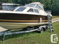 This is a 1989 fiberglass Crestliner boat. Only ever