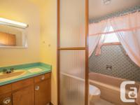 # Bath 1 Sq Ft 1191 MLS SK776439 # Bed 3 Welcome to 242
