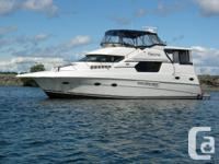 Silverton 453 Motoryacht. 3 private staterooms, 2 full
