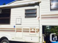 Has awning full kitchen and bath, sleeps 7 has lots of