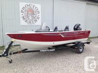 2016 Crestliner 1600 Vision Side Console Powered by a