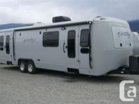 Description: Real nice airstream look a like a Super