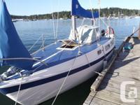 """25 ft (1970""""s) Cal sailboat, 2 mains ,jib and genoa 6"""