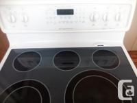 $250.00 obo used FRIGIDAIRE CONVECTION OVEN. Excellent