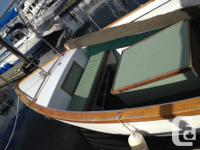 26' Diesel custom glass double-ender with pilot house.