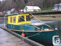 beachable double ended fiberglass whale boat. inside &
