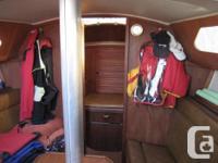 26 ft Islander sail boat Clean 9.9 hp Yamaha electric