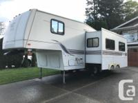 Topaz Touring Edition - Fifth Wheel Trailer - 1999