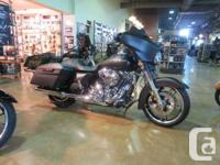 TOURING COOL 103 CU IN TWIN CAM, INFOTAINMENT SYSTEM,