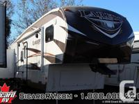 Description: The 2014 Laredo 293SBH, by Keystone, has