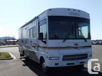 Lesson A 29 Foot 2006 Winnebago Itasca Motorhome with