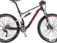 Up for sale is a brand new 2015 Scott Spark 930 in size