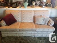 3 seater, loveseat and single seat. Comes with matching