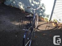 Hi there! I am selling a vintage 3 speed Raliegh