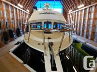 A beautiful Coastal Craft 300 Sedan in great condition!