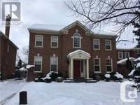 Overview Stunning Two Story Four Bedrooms Detached