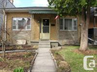 Large bungalow house in superb main area; South