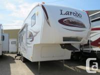 Description: 5th WHEEL Features: Awning over main