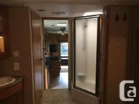 2009 5th wheel Very clean unit in excellent condition 2
