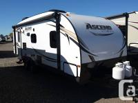 Don't miss out on this coach by Evergreen RVs. This