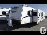 31ft Primetime by Tracer travel trailer for rent. Short