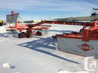 Kuhn GA9032 twin rotary hay rake, side delivery.