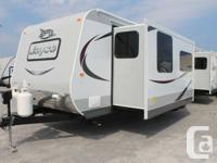 New 2015 Jayco Jay Flight 34FKDS!! Includes lots of