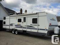 Wild 32DBHS Extreme Version four bunks, trailer sleeps