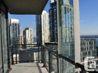 Cityplace Luna Condo! Breathtaking Lake View! 3+Den