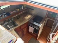 Clean, tidy 3270 BAYLINER in good shape. Lots of