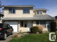 Stunning 3 bedroom home in Sardis. Bright living room