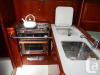 The 323 Beneteau is a very popular, easily handled