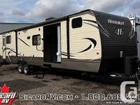 Description: The 2016 Hideout 38BHDS, by Keystone, is