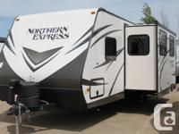 GREAT BUNK TRAVEL TRAILER TO TAKE THE FAMILY TO THE