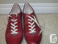 Worn only twice, & still LIKE NEW Please click on photo
