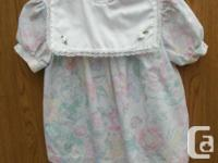 Girls vintage Dress with pink Flowers and large white