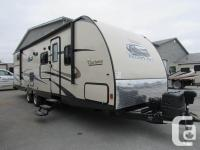 2015 Coachmen Freedom Express Liberty Edition 292BHDS