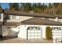 HIGHLY SOUGHT AFTER Highland Glen unit offered! This
