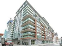 Gorgeous 2+1, 2 Storey Penthouse Situated In The Heart